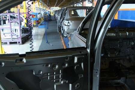 اشتغال مستقیم صنعت خودرو به ۴۰۰ هزار نفر تا پایان سال میرسد